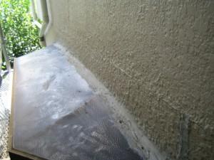 出窓からの雨漏り01