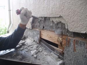 出窓からの雨漏り05