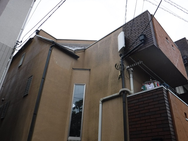 西東京店雨漏りコラム14_01